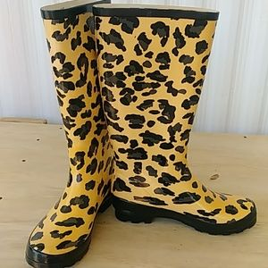 Animal Print Rainboots